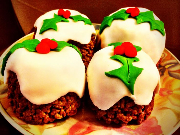 Christmas pudding Rice Krispie cake