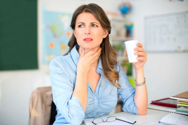 A sore throat that doesn't go away and isn't accompanied by typical cold symptoms (like a runny nose... - Reader's Digest