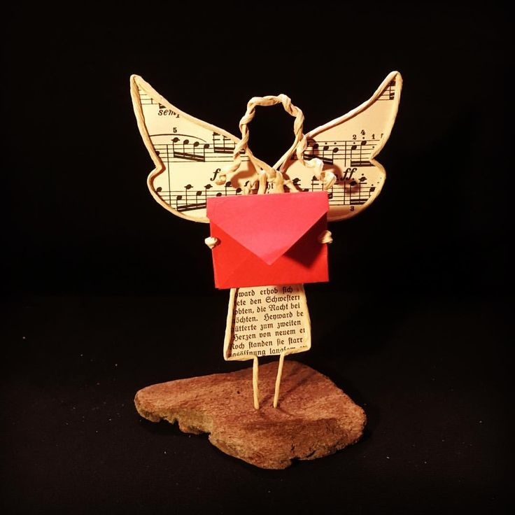 "14 Likes, 1 Comments - Deborah (@deb_off_79) on Instagram: ""Engel mit Botschaft / Angel delivers a message #angel #engel #letter #brief #paperart #paperwire…"""