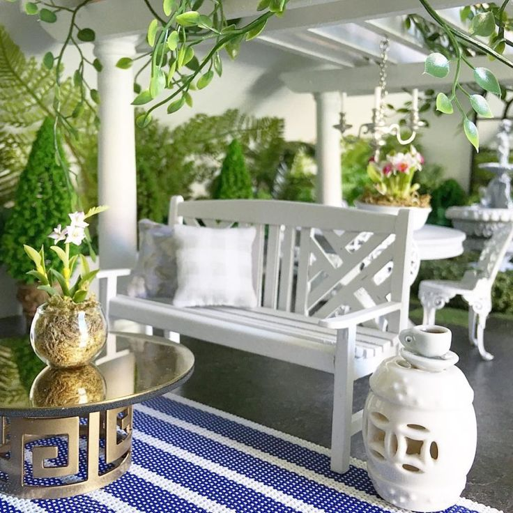 She's Building a Pinterest-Perfect Miniature Village – Dollhouse garden and outdoor – Other artisans