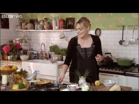 love Sophie Dahl's kitchen from the BBC show The Delicious Miss Dahl
