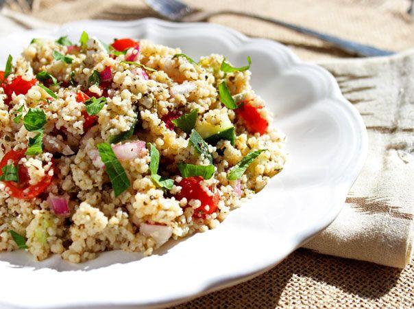 Mediterranean Cous Cous Salad | Foodfaithfitness.com | @FoodFaithFit