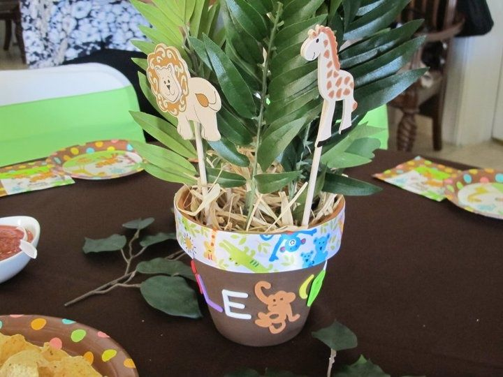 Centerpiece For Jungle Themed Baby Shower