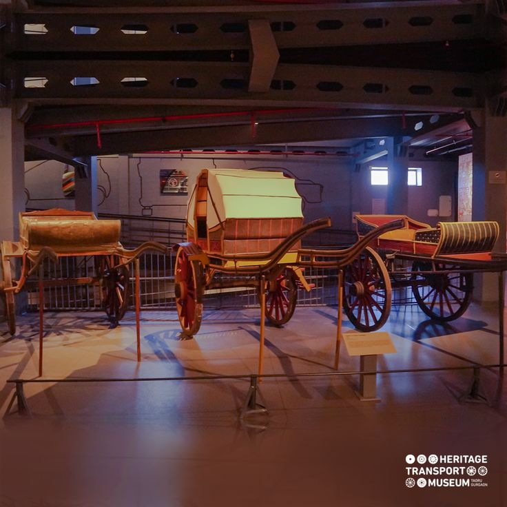 The camel carriages from early 20th century! These carts came in exquisite designs, some were canopied and some of them were open.  #carts #vintagetransport #vintagecollection #transportmuseum #incredibleindia #heritagetransportmuseum #gurugram