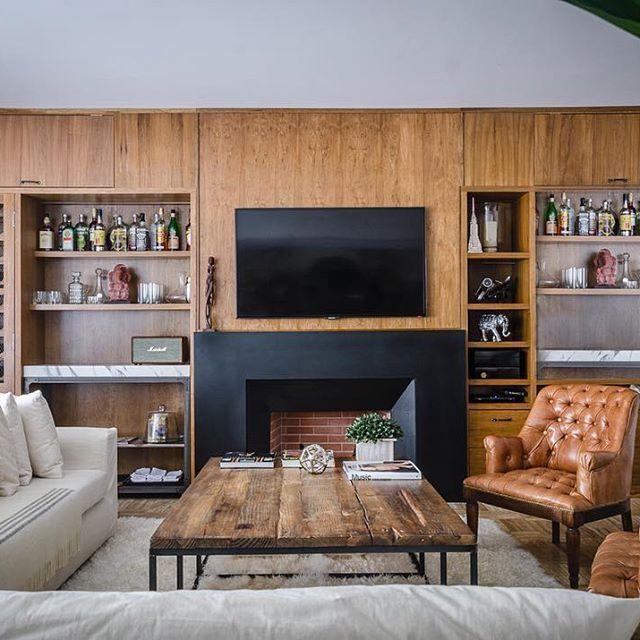 Juez Tedin al 2700. Un living amplio para reuniones y para estar entre amigos. Elegante y moderno. 10 puntos! #living #decor…