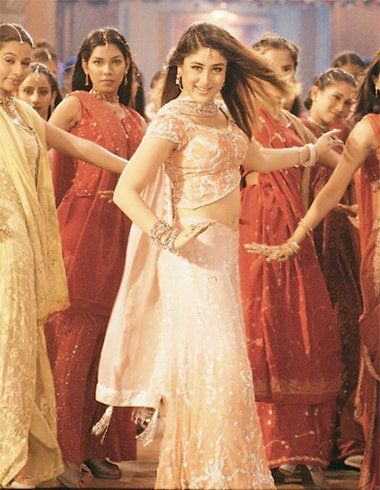 Kareena in Bole Chudiyan | Bollywood outfits, Bollywood ...
