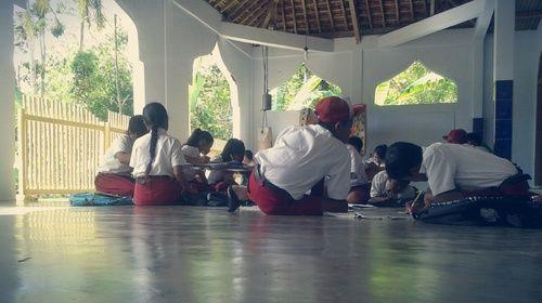 Belajar di masjid
