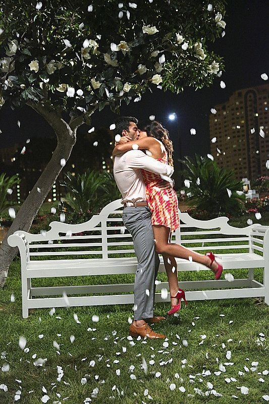 Best TV Kisses of 2014: Jane the Virgin