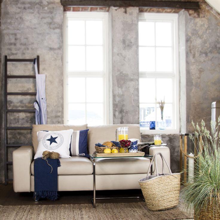Stressless Sofa E200, 2 Sitzer, Leder; Mit Stressless Coffee Table,  Romantisch