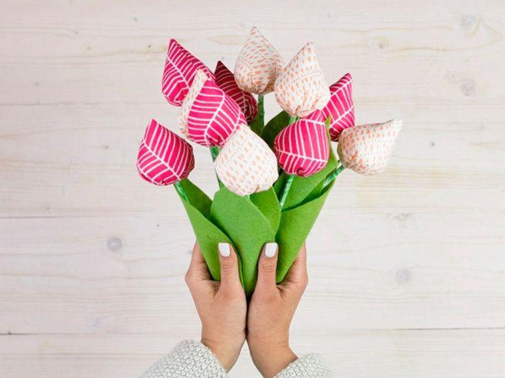 Die besten 17 ideen zu anleitung f r stoffblumen auf for Geschenke zum selbermachen fa r mama