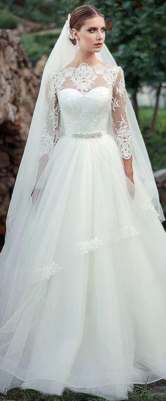 Fabulous Tulle Bateau Neckline A-line Wedding Dresses With Beadings