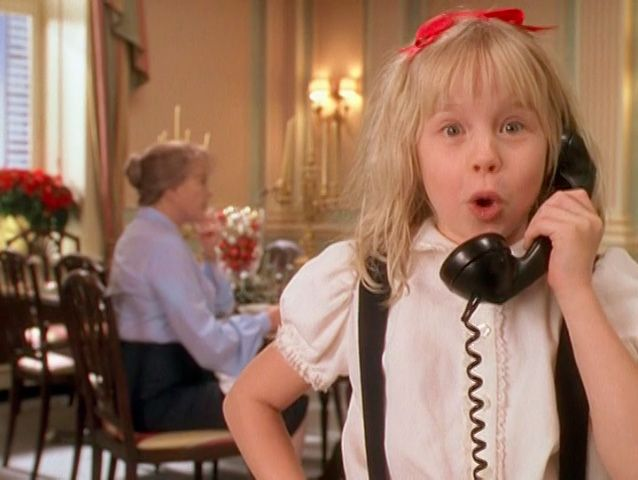 Hands down, my favorite Christmas movie I watch it like four times every year! Eloise at Christmas Time