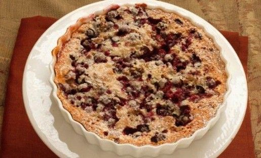 Fresh Cranberry Tart - easy peasy! cranberries (and other fruit if you want) in the bottom of pie pan, topped with cake batter - cooks together into a half-cake, half-pie