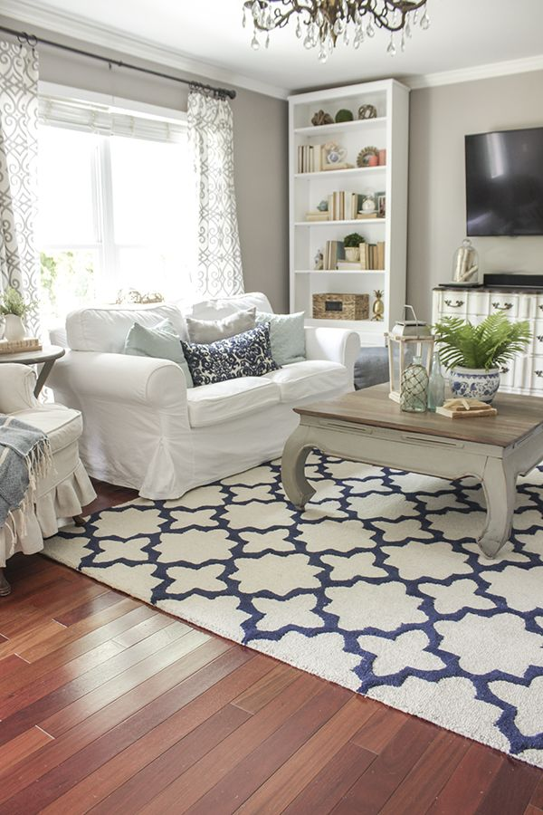 Summer decor changes in the living room using blue and white, plus a review of the Superior Rug Pad from Rug Pad Corner and $125 Giveaway to Rug Pad Corner