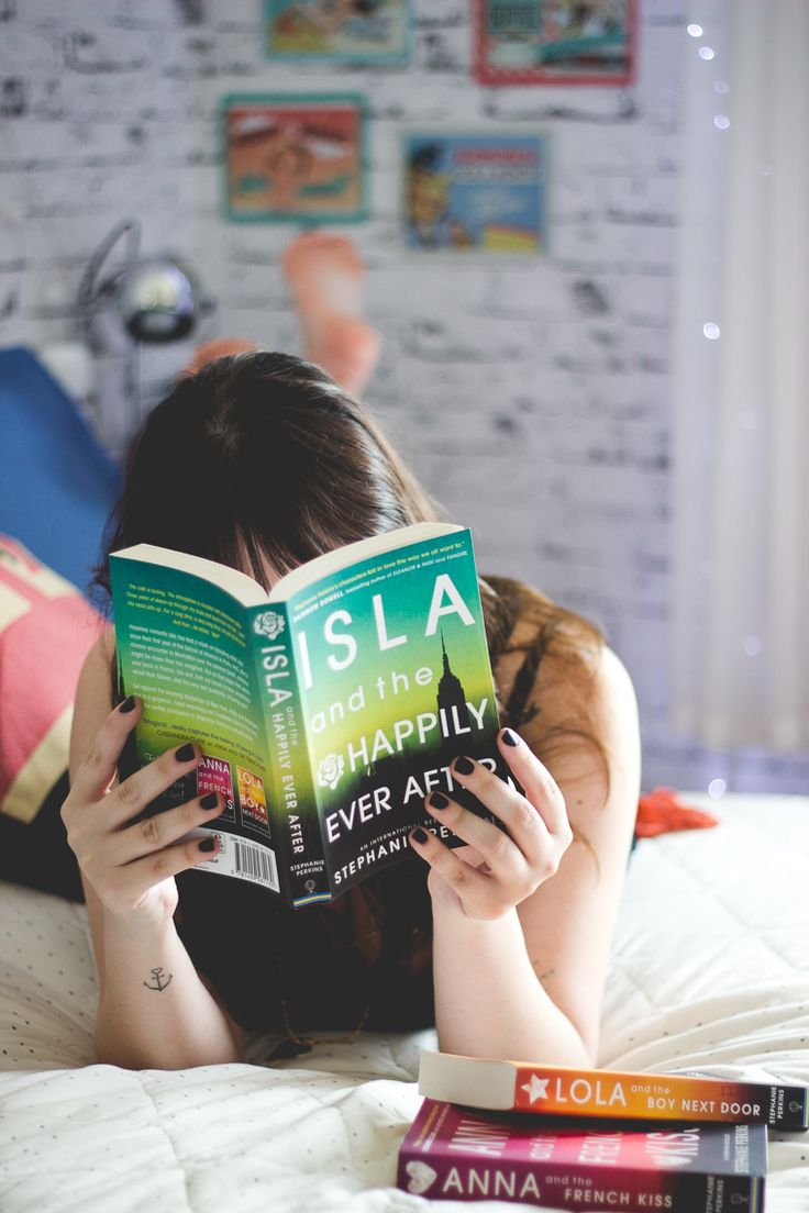 Isla and the happily ever after: http://melinasouza.com/2014/10/17/isla-and-the-happily-ever-after-stephanie-perkins/  #stephanieperkins #books #review
