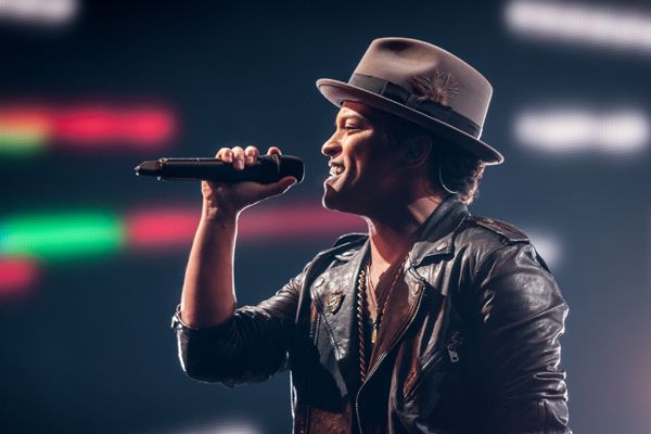 Bruno Mars Is Confirmed to Play the Super Bowl Halftime Show. life complete.