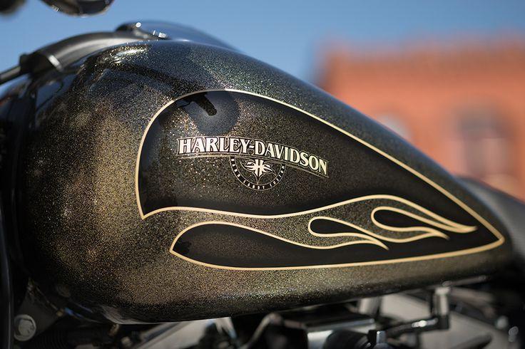 2016 Softail Breakout   Drag Bike   Harley-Davidson Australia/New Zealand
