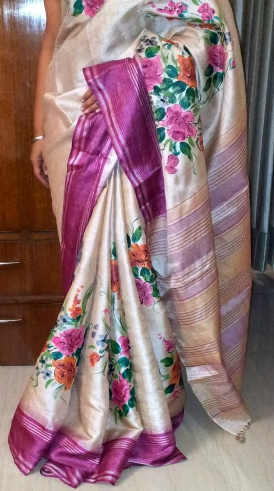 hand painted saree.. for mumma n aunty