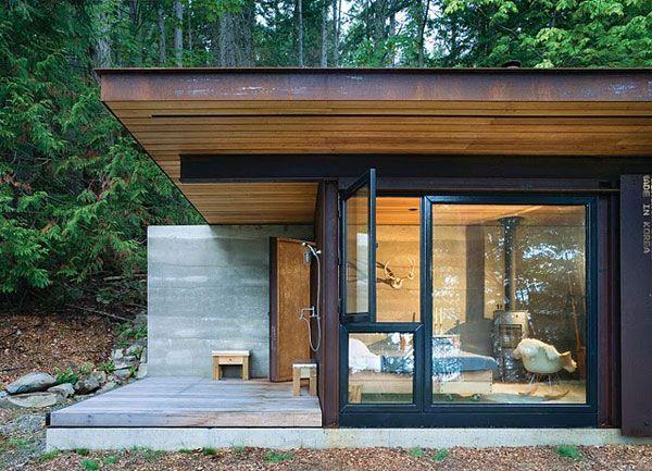Arquitectos Kundig Olson. Una cabina de habitación individual, que pretende ser una puerta de entrada para un soltero. Interior minimalista, con alto nivel de confort.