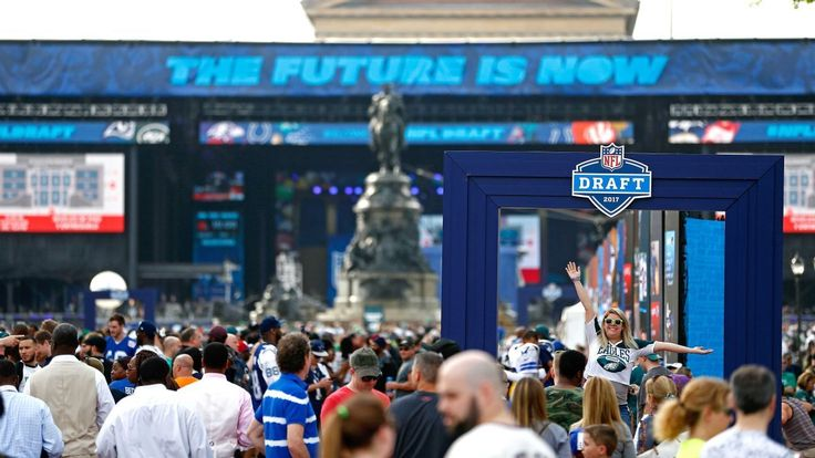 With draft coming to AT&T Stadium, Cowboys-Eagles rivalry continues