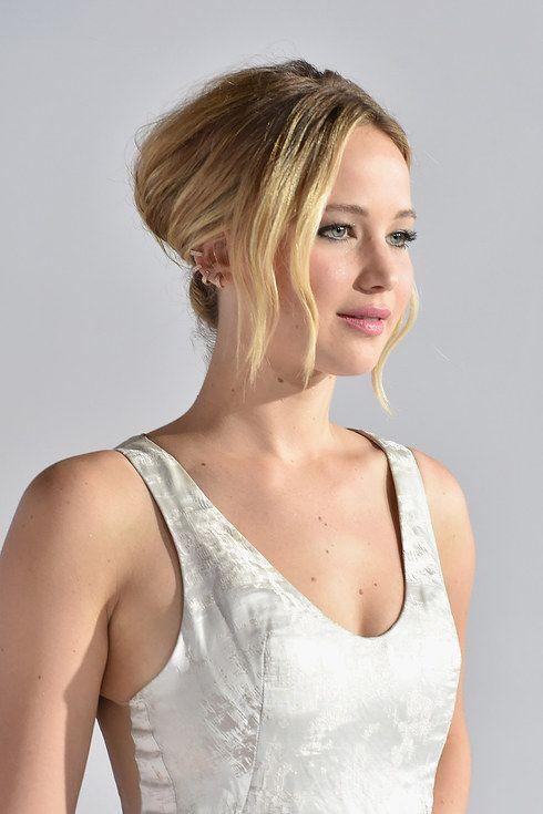"""A evolução do estilo de Jennifer Lawrence nas premieres de """"Jogos Vorazes"""""""