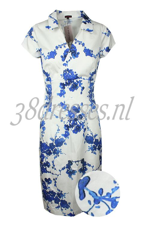 Windsor Cornwall China - Ich Jane white cotton stretch dress blue chinese flower floral print jurk wit met blauwe chinese bloemen 139.95 euros.