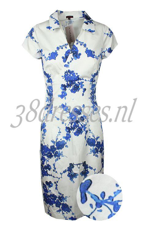 Windsor Cornwall China - Ich Jane white cotton stretch dress blue chinese flower floral print jurk wit met blauwe chinese bloemen 139.95 euros.