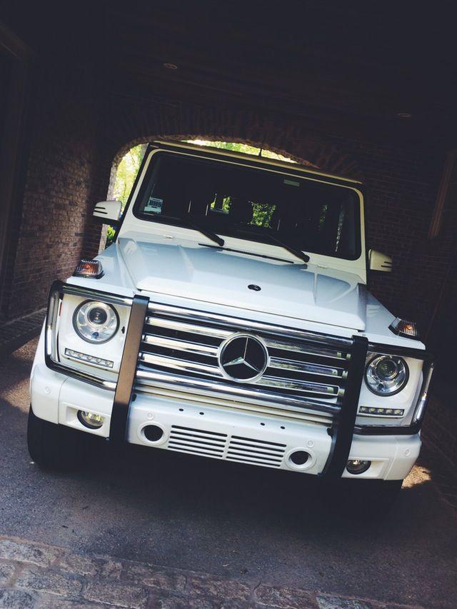 g - White G Wagon