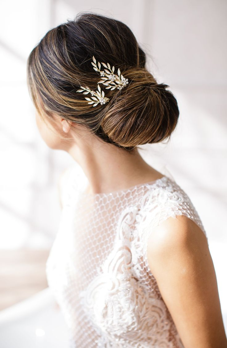 Fa fancy hair bun accessories - Perfectly Placed Calvina Hair Clips Making For Gorgeous Wedding Hair Updos