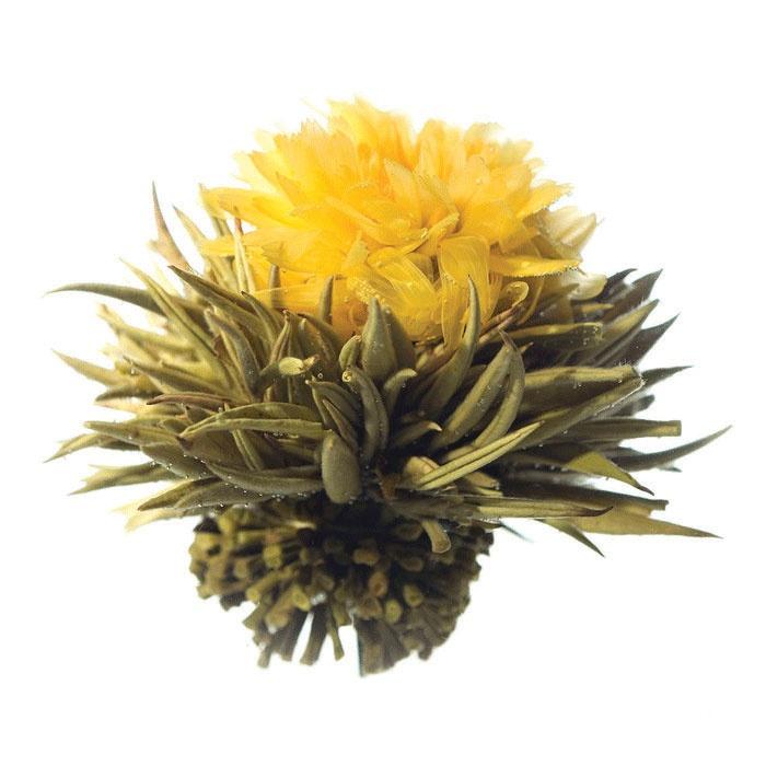 """""""Flor de Té Caléndula"""" Flor de caléndula envuelta en hojas de té blanco. 1,50€ unidad (cada unidad da para un litro)."""