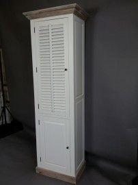 Landelijk witte hoge smalle kast met shutters deurtje, AW 1020. COUNTRY COLLECTIE! | Kasten | answoonshop