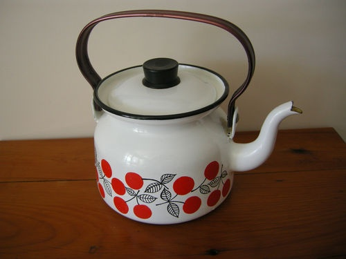 Teapot- FINEL FINLAND- with handle-white orange/black berries vgc | eBay