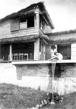 耳付き鎧張り・アントニン・レーモンド 夏の家