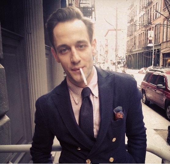 Evita Icon Smoking hot!