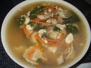 Dans les casseroles de GG: Soupe au poulet, tortellinis et épinards