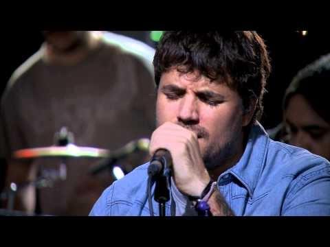 Despistaos- Hasta que pase la tormenta (feat. Dani Martín - Directo acústico - YouTube