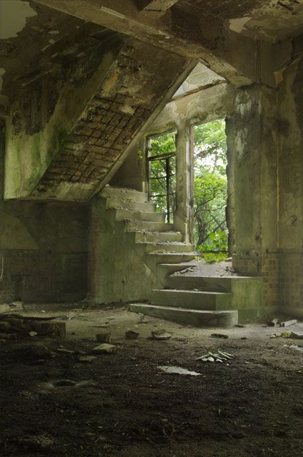 愛宕山鉄道鋼索線/愛宕ケーブル跡 (ケーブルカー廃墟)
