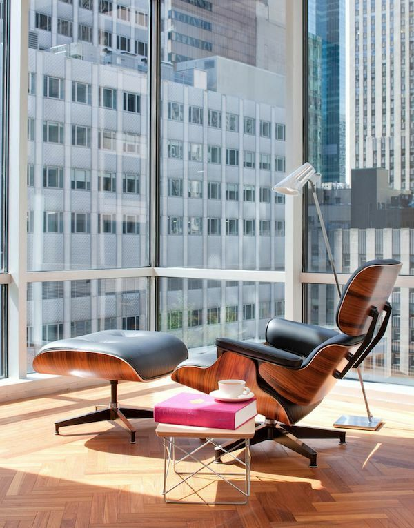 Der Charles Eames Lounge Chair denkt an Ihren Komfort - http://freshideen.com/esszimmer-ideen/charles-eames-lounge-chair.html