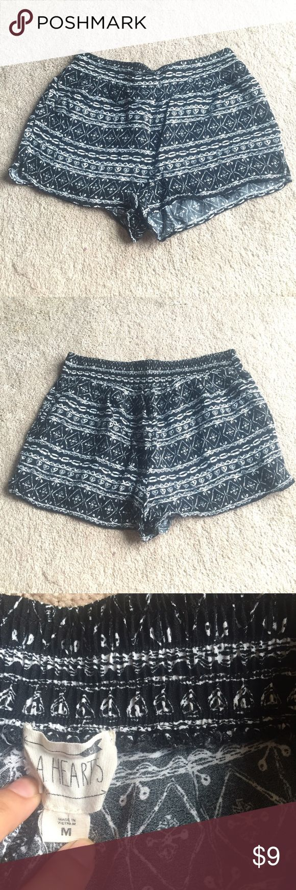 SALE Pacsun (LA Hearts) Tribal Shorts These black and white tribal shorts go great with any crop top or tank top! Fits S/M *Sale price is non-negotiable. PacSun Shorts