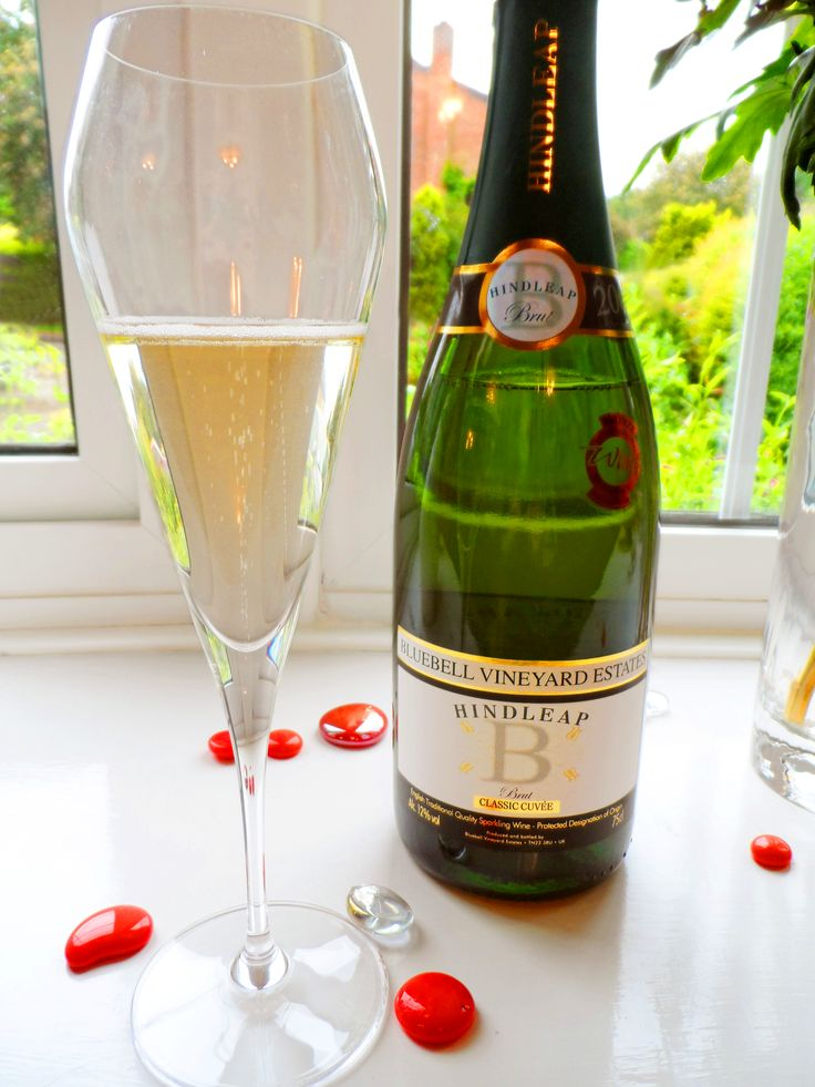 Bluebell Classic Cuvee and the exquisite Willsberger Champagne glass.