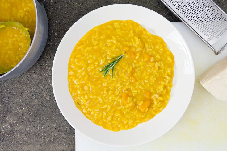 risotto-alla-zucca con brodo al rosmarino