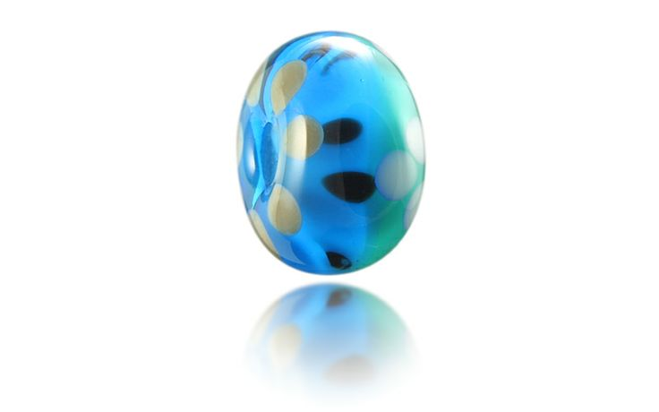Putsborough Beach Nalu Bead inspired by white sands, deep turquoise seas and jutting dark rocks... http://www.nalubeads.com/uk-series/devon-breaks/putsborough