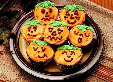 01_WMT_10643_Halloween_POV_370x270_BrownieCupcakes_US_ENG_01.jpg 370×270 pixels