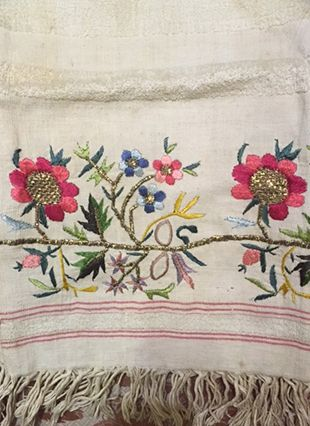 Turkish-Embroidery-Floral-Hammam-Towel-2