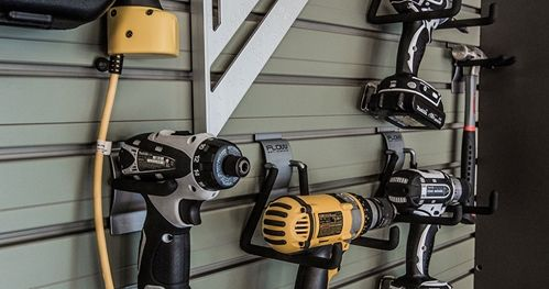 When it comes to power tool storage, the main goals are generally accessibility, ease of use and organization, but why omit display? Show off your power tools with our wall hooks.