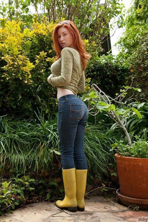 Boots pale redhead