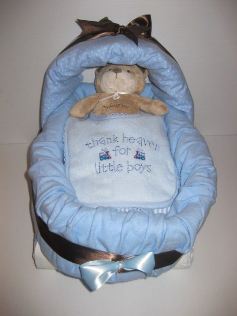 Bassinet Diaper Cake  http://littlecreationsbyyadira.webs.com/apps/photos/photo?photoid=84347810  #diaper #cake