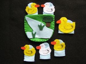 5 little Duck Finger Puppets