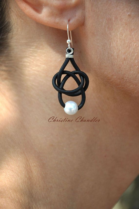 Leather and Pearl Earrings -1 Pearl Friendship Knot in black leather by Christine Chandler on Etsy.