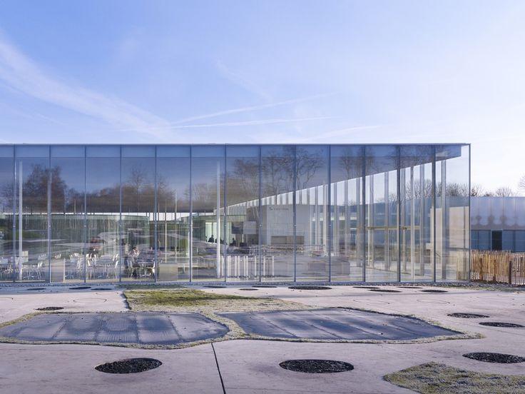 日本が誇る建築ユニットSANAAが設計したフランス、ルーブル美術館別館「ルーブル・ランス」がオープン。 | Ma cherie(マシェリ)